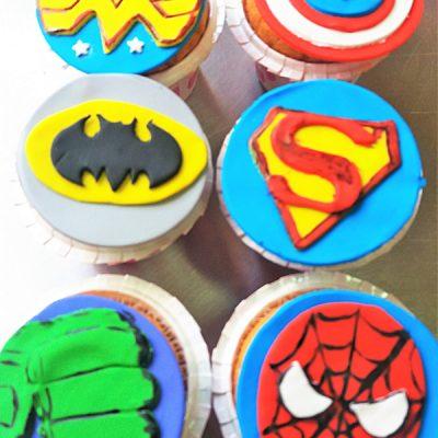 superhero-cupcakes