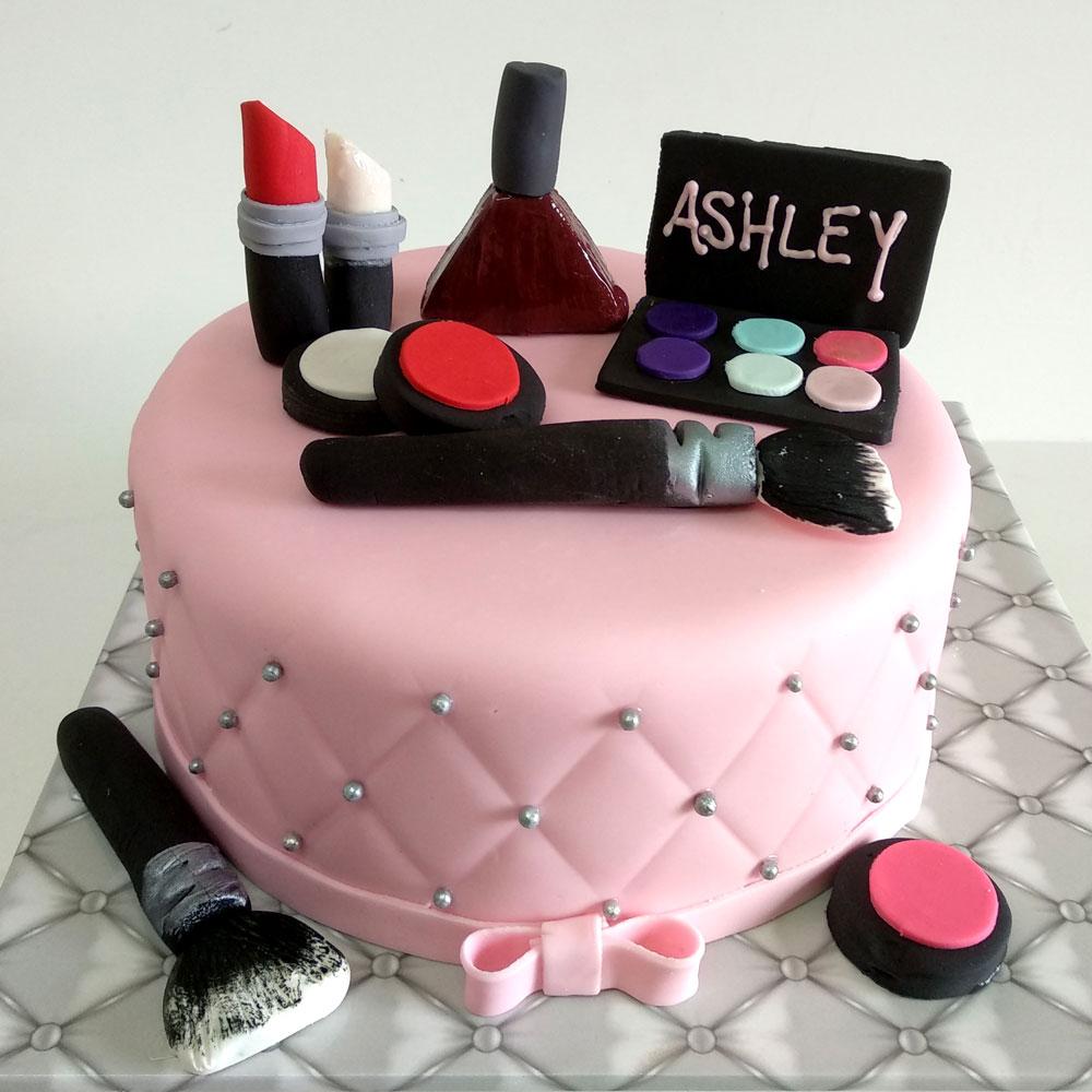 Makeup Cake | Saubhaya Makeup