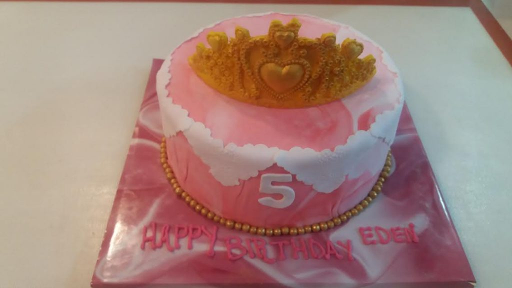 Dad Wanted To Get The Cake Thing Right Until Now He Said Never Got It And Dont We All Know That A For 5 Year Old Princess Must Be